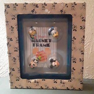 Disney NIB Magnet Picture Frame